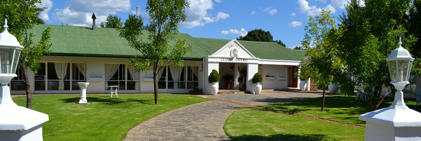 Aliwal North Accommodation | Umtali Country Inn Main Entrance