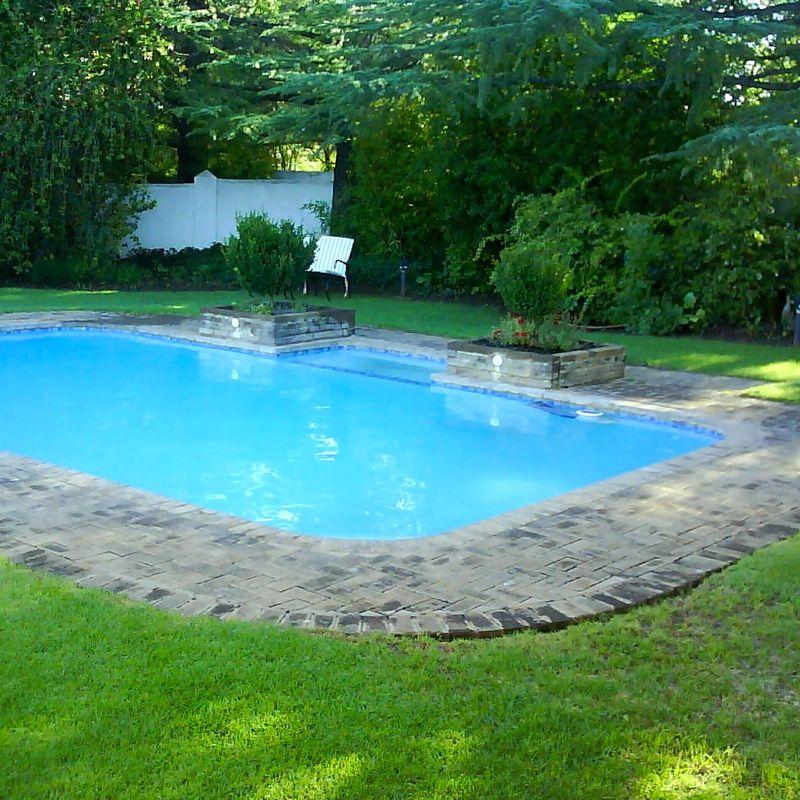 Umtali Country Inn Swimming Pool